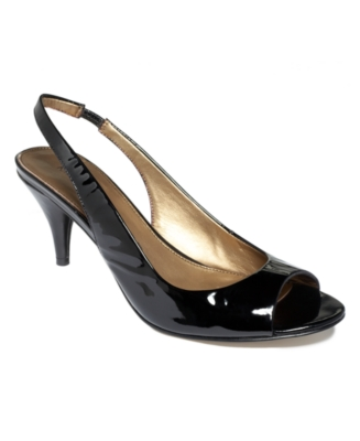 Marc Fisher Shoes, Bryant Pumps Women's Shoes