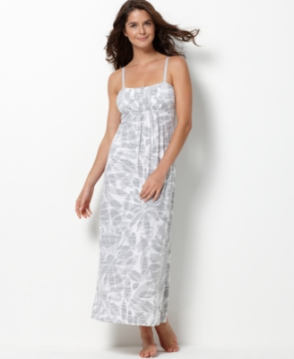 Alfani Nightgown, Modal