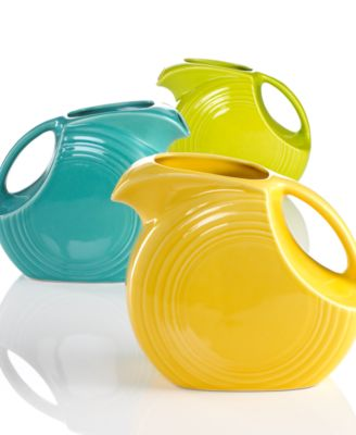 Fiesta Serveware, 67 1/4 oz Large Disk Pitcher