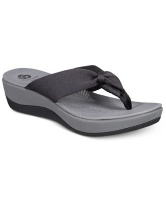 Arla Glison Flip-Flops \u0026 Reviews