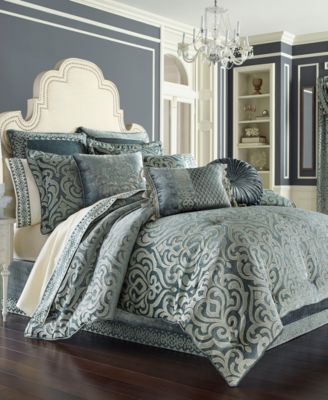 J. Queen New York Sicily Teal Tufted Round 15