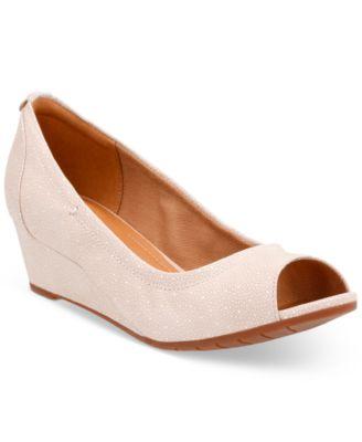 Vendra Daisy Peep-Toe Wedge Sandals