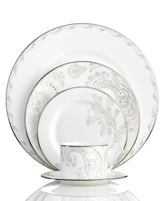 Dinnerware, Paisley Bloom Accent Salad Plate