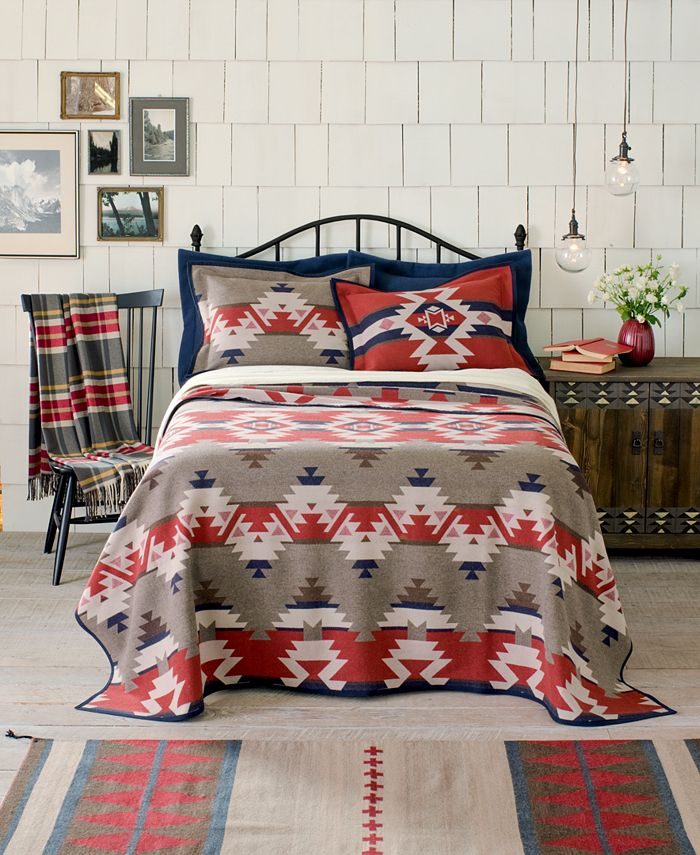 Pendleton - Mountain Majesty Queen Blanket