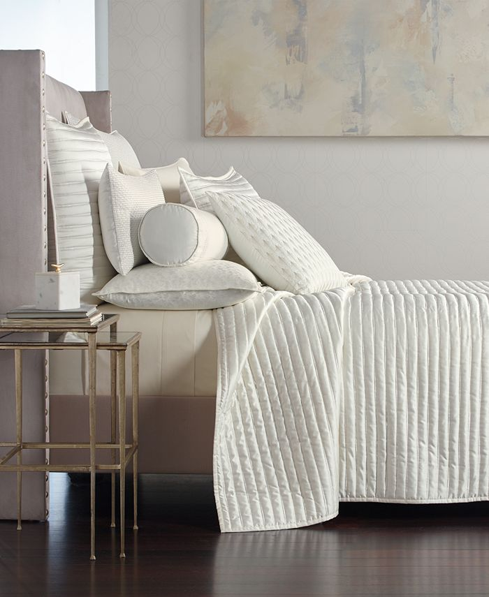 Hotel Collection - Plume Full/Queen Coverlet